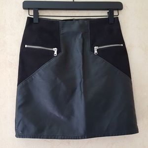Divided H & M black faux leather and suede skirt